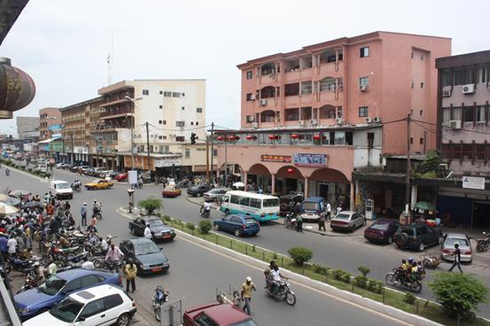 喀麦隆 gdp_喀麦隆地图